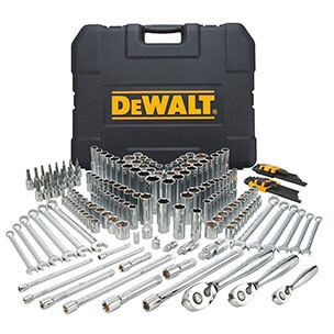 the 10 best mechanic tool sets reviews 2017 top picks and buyer s guide. Black Bedroom Furniture Sets. Home Design Ideas